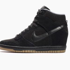 Nike Sky Hi Essential Wedge Sneakers